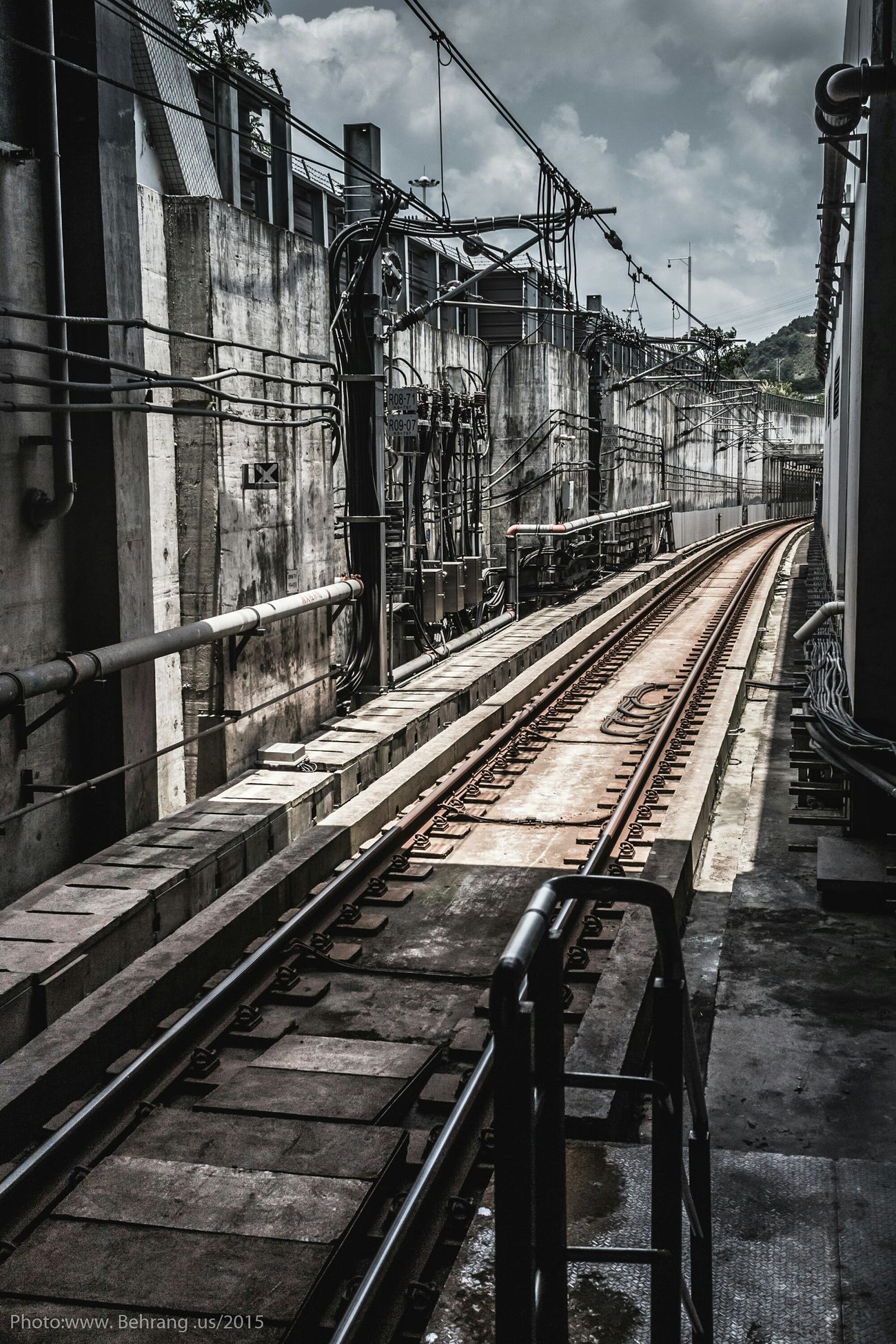 Natural Light Streetphotography Shenzhen China Subway Behrang.us Perspective Industrial Landscapes