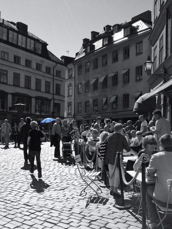 blackandwhite at Järntorget by axrii