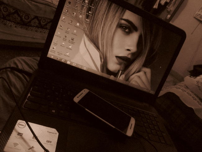 Late Night Working Nightlife Nightphotography Best Wallpaper Ever Sepia Tone Loving Beautiful ♥ Cara Delevingne My Mobile Screen In My Room On My Swing Mylife❤ Myrules ❤ GoodNight ❤✌ Loveyouallpeople ♥ Biee...
