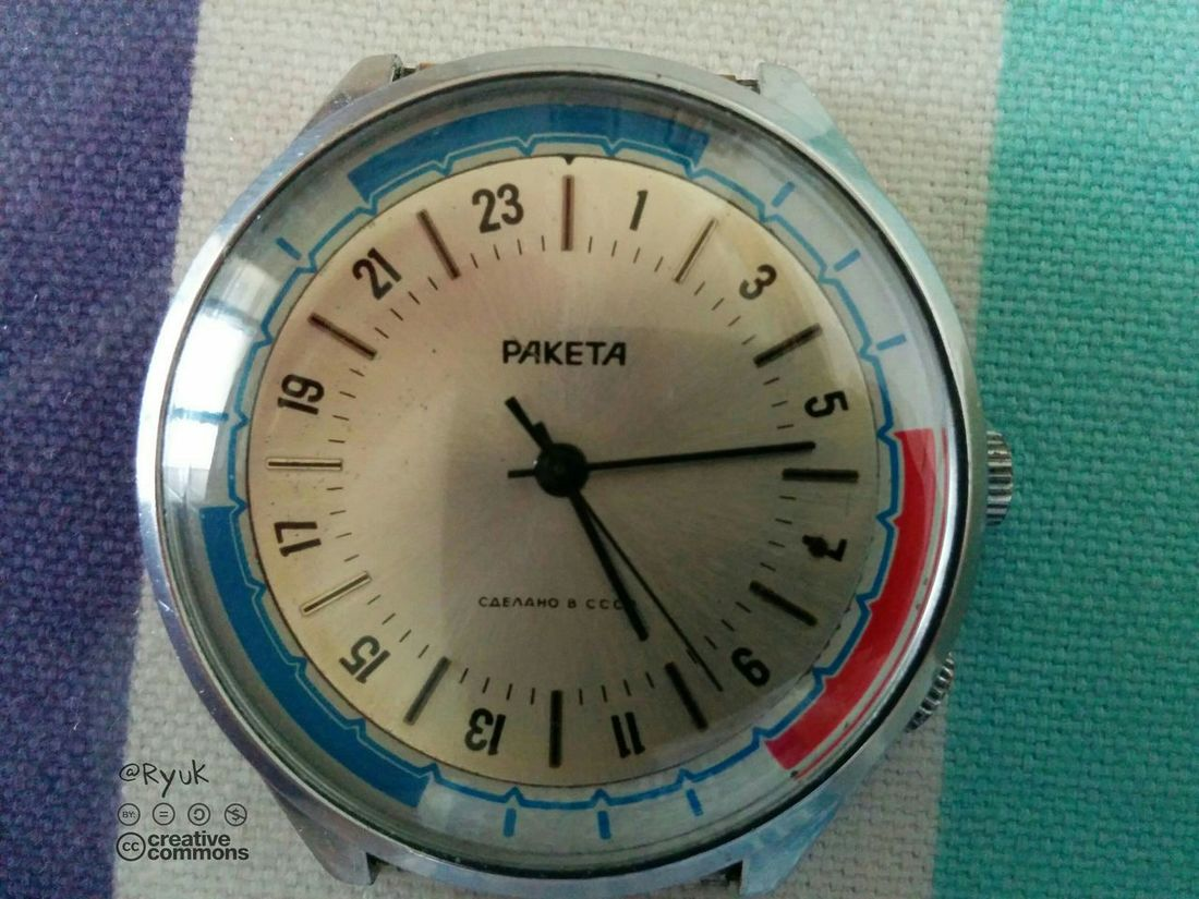 New entry Streamzoofamily TheVille Old Watch Raketa Paketa Wristwatch