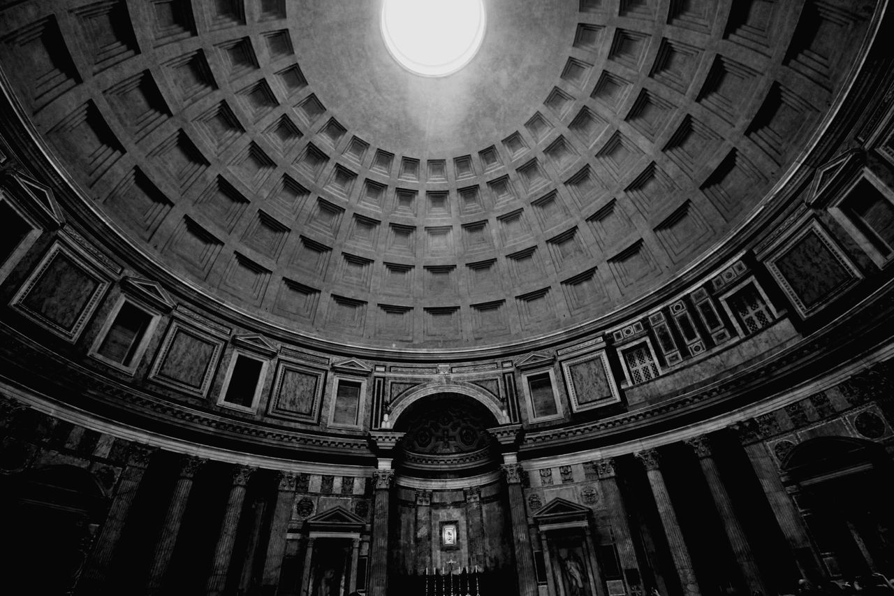 Architecture Low Angle View Dome Ceiling Built Structure Travel Destinations Travel History Indoors  No People Concentric Day Rome Rome Italy🇮🇹