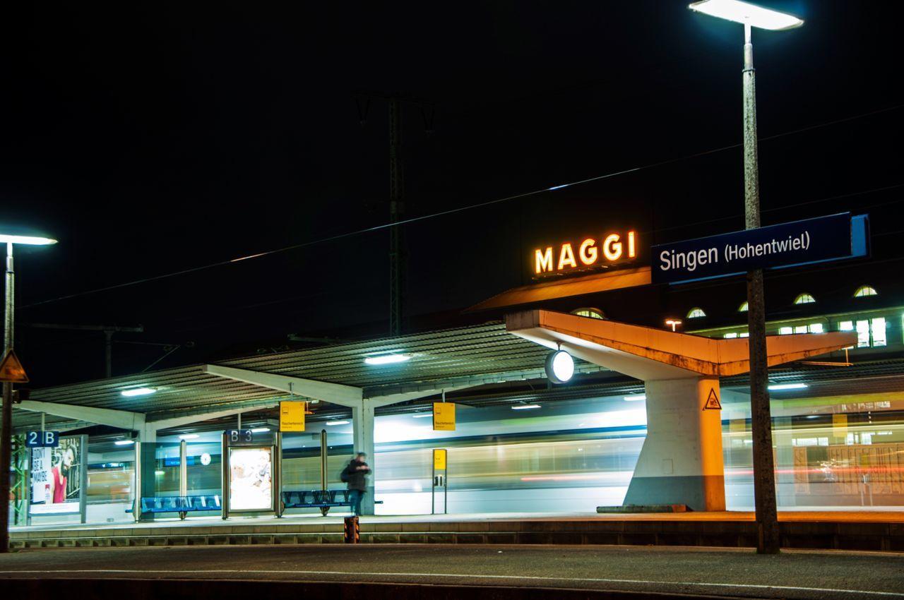 Photography In Motion Train Station Traveling Bahnhof Maggi Singen (Hohentwiel) Train Night Nightphotography Night Lights Long Exposure Longexposure Speed Adventure