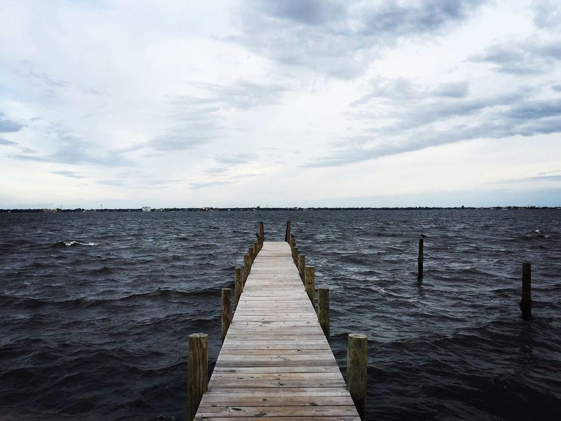 Dock Dock Peaceful And Relaxing Weekend Trip