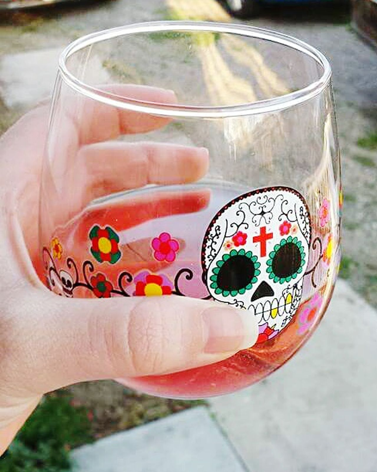 Cheers Cheers! Cheerstotheweekend Wineglass Wine Wine Time Winelovers  Sugarskull Sugarskulls Cheers To Summer Cheers🍺 Ready For The Weekend! Relax With A Drink Drinking Wine Thirsty Thursday Alcoholic Drink Alcohol Drinks Drink Up Wine Glass Wine In A Glass Relaxing My Glass Winelover Enjoying Life Refreshment