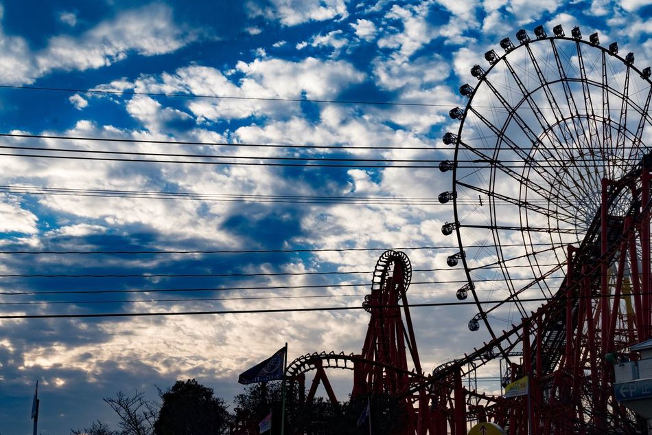 Cloud - Sky Sky Low Angle View Ferris Wheel Outdoors No People Amusement Park Day Sunset Japan Nature Beauty In Nature Scenics Colors 遊園地