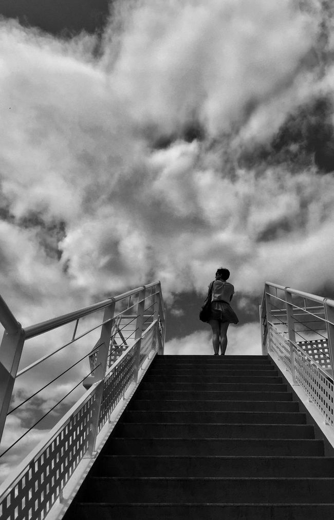 Photography Streetphotography JohnnyGarcía Black And White Blackandwhite Photography Female Community Blackandwhite Sky Woman Fotografia