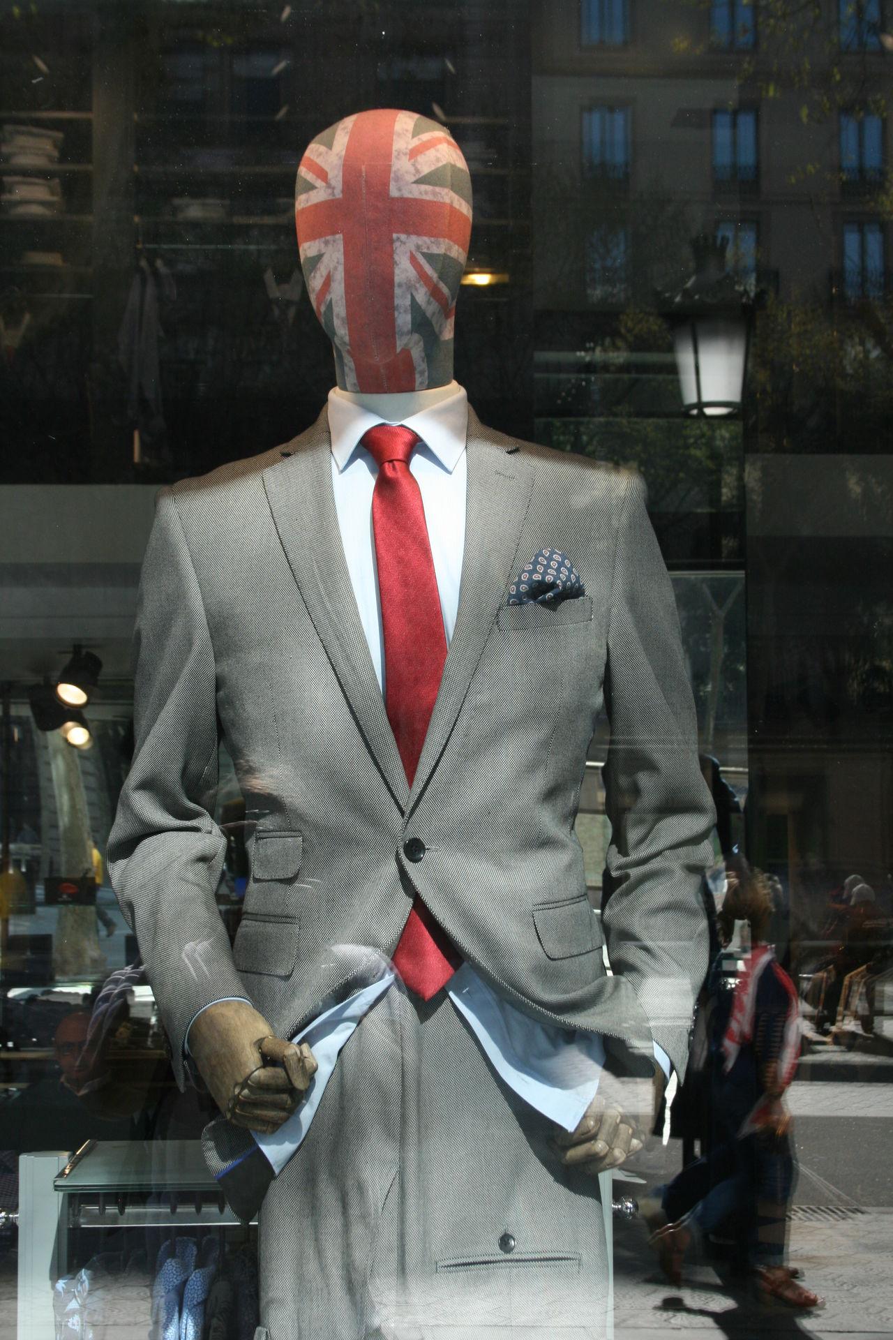 Adult Adults Only Britain Britains_talent British British Shorthair Business Businessman City Corporate Business Greatbritain Greatbritish King - Royal Person Mature Men Men Only Men Shirt And Tie Suit Suitedman Suitup Well-dressed