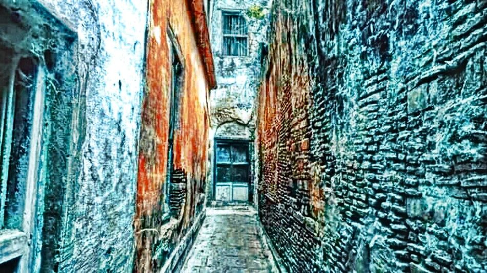 Built Structure Architecture Building Exterior The Way Forward Day Outdoors No People Steps Tunnel Staircase Varanasi Architecture India Bestclick Reflection Loneliness