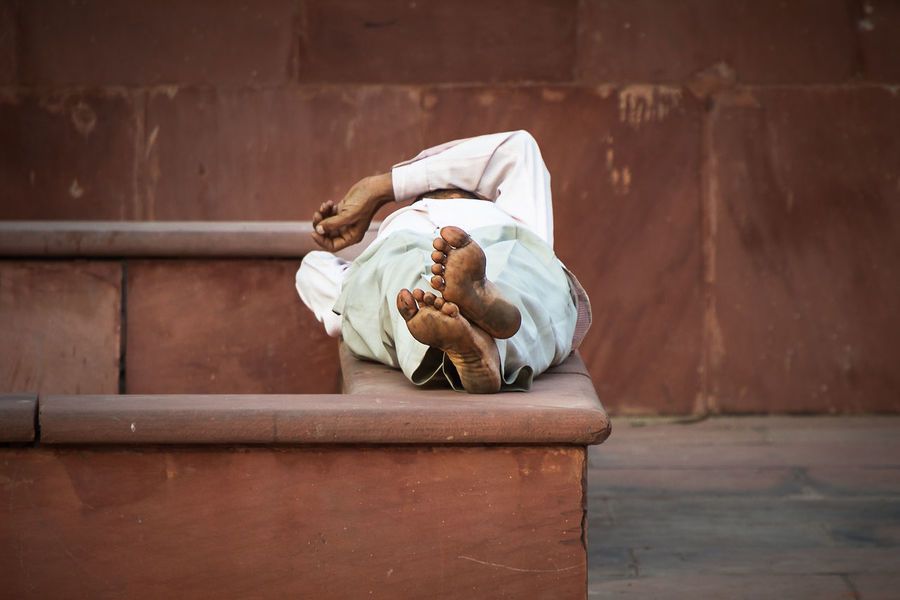 Resting from the mid day heat. Indian People Incredible India India People Photography Travel Streetphotography Colors Minimalism Relaxing