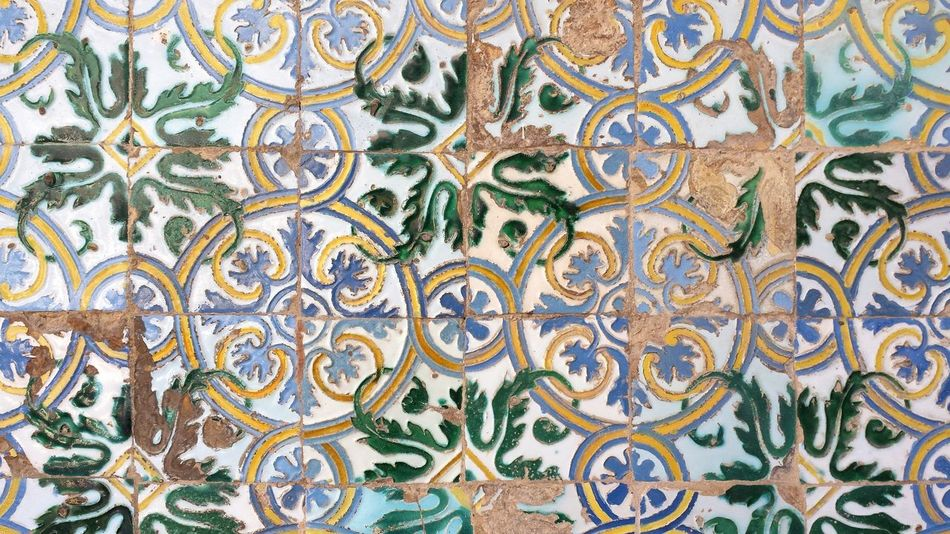 Pattern Pieces Colours Travel Wall Tiles Travel Photography Coloured Wall Beautiful Patterns Colourful Taking Photos EyeEm Best Shots EyeEmBestPics Eye4photography  València Valencia, Spain Photography Tiled Wall Tile Art València Showcase: January Marble Marmól De Manises Marble Slab Slabs Art Is Everywhere