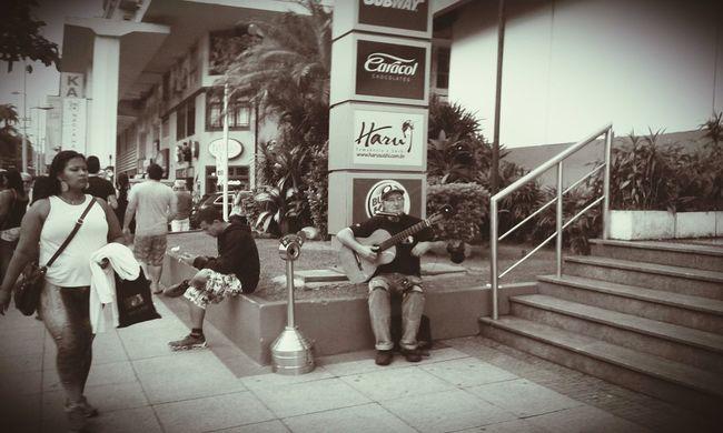 Selenium Tone Street Musician Street Art Peoplephotography Taking Photos - Santossp