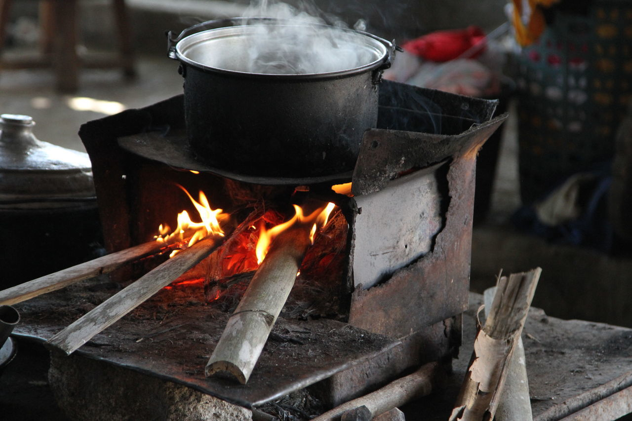 Balut Burning Cooking Fire Firewood Flame Kettle Metal Old Oven Philippines Pot Preparation  Rusty Steam Stove Wood
