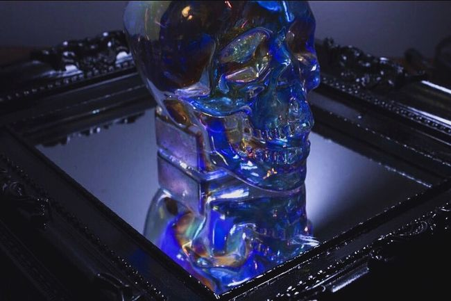 Crystal Clear Crystals Crystal Crystal Head Vodka  Glass Skull Skull Skulls Vodka🍹 Vodka Shots Vodka Skull Reflection Reflection_collection Reflections Mirror Gaudi Aurora Vain Drunk Drink Up