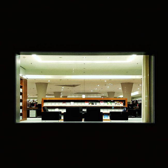 Window Light in the Dark Night Hole Of Light 365 365project 34of365 34/365
