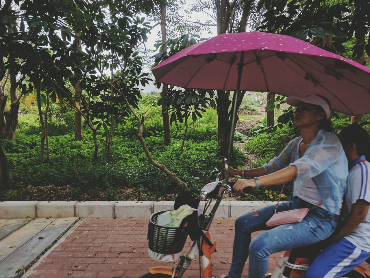 What Who Where Capture The Moment Adventure Speeding Enjoy The New Normal Land Vehicle Streetphotography China View China In My Eyes CyclingUnites Cycling Motherhood Moments
