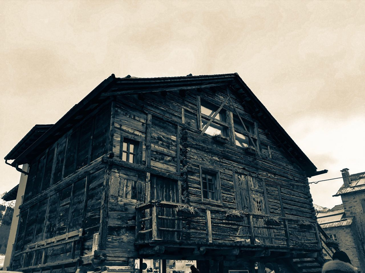 Building Exterior Architecture Built Structure No People Low Angle View Sky Outdoors Day 2017 Livigno Mountain Wintertime Chalet Picoftheday Photo Photography