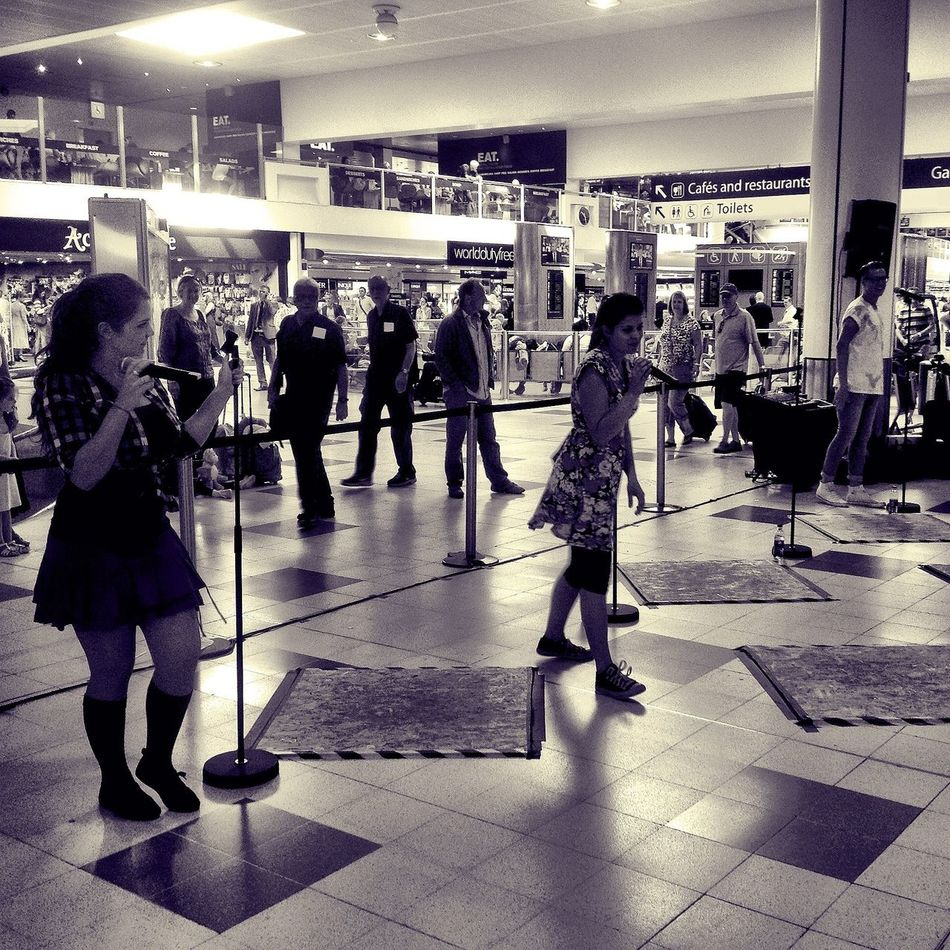 We've had a range of great acts with us today at Gatwick, such as High School Fun Gatwick Lgwlive Fridaysfun At The Airport