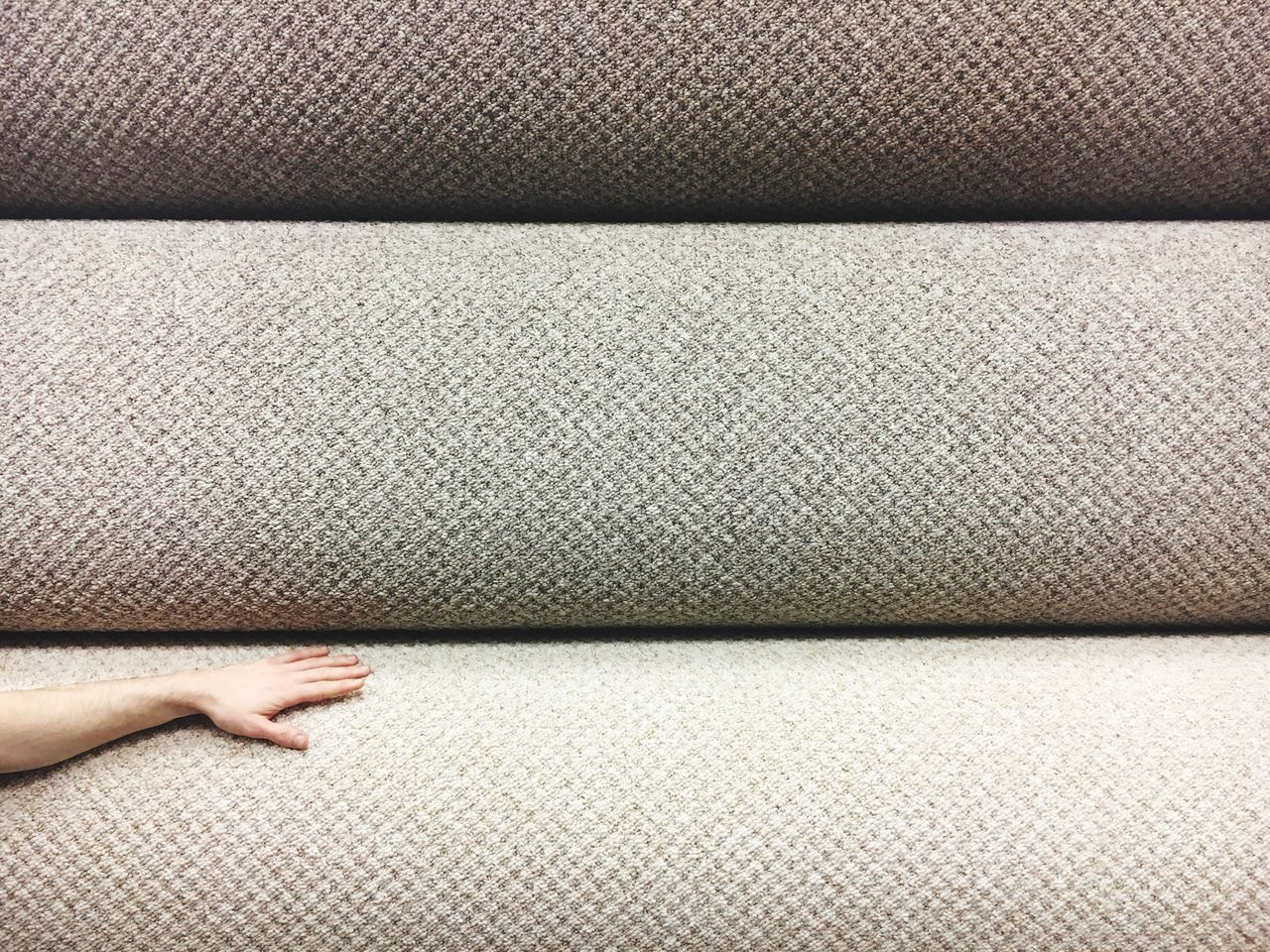 Carpet Shop Carpet Touching Touch Textured  Textures And Surfaces Roll Full Frame Human Body Part Indoors  Carpet Right Flooring Floor Colour Palette Interior Design Interior Minimalism Minimalobsession Shades Of Grey Simplicity Broken Patterns BYOPaper!