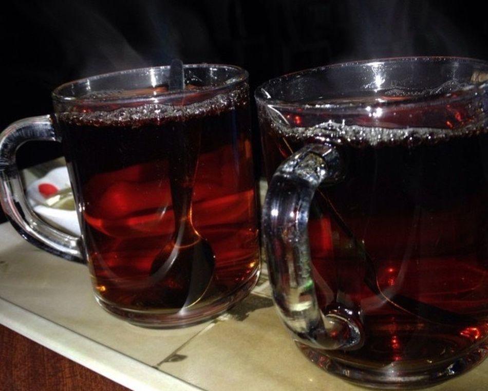 çay var Icersen Ben var Seversen o değilde çay Yoksa Hayat neye yarar ☕️☕️