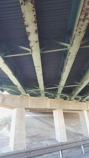 The Street Photographer - 2016 EyeEm Awards The Architect - 2016 EyeEm Awards Taking Photos Check This Out EyeEm Gallery Under The Bridge Stuck In Traffic Bridge Under Concrete Structure Rust Perpendicular Patterns & Textures Manmade Underpass Stuck In The Car Underneath The Bridge