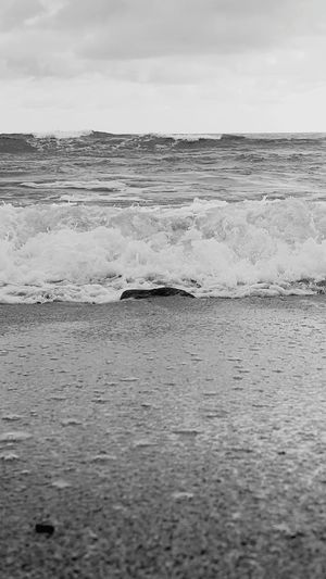 Outdoors Wave No People Shorelines Beach Photogrqphy Lydgate Beach Wet Kauai Life Close-up Blackandwhite Photography