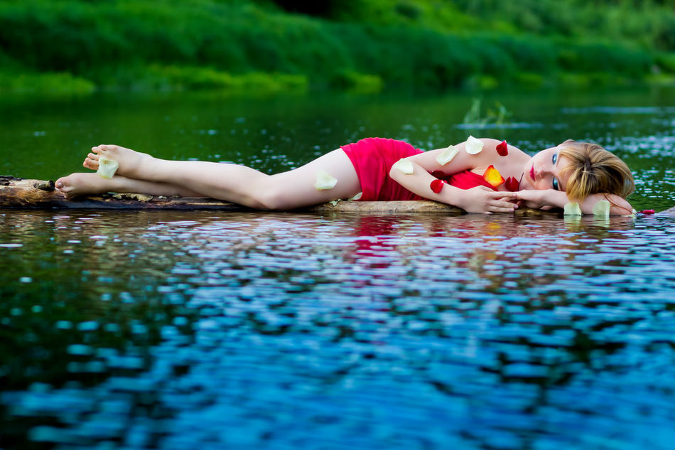 Beautiful stock photos of fairy,  18-19 Years,  Adult,  Adults Only,  Barefoot