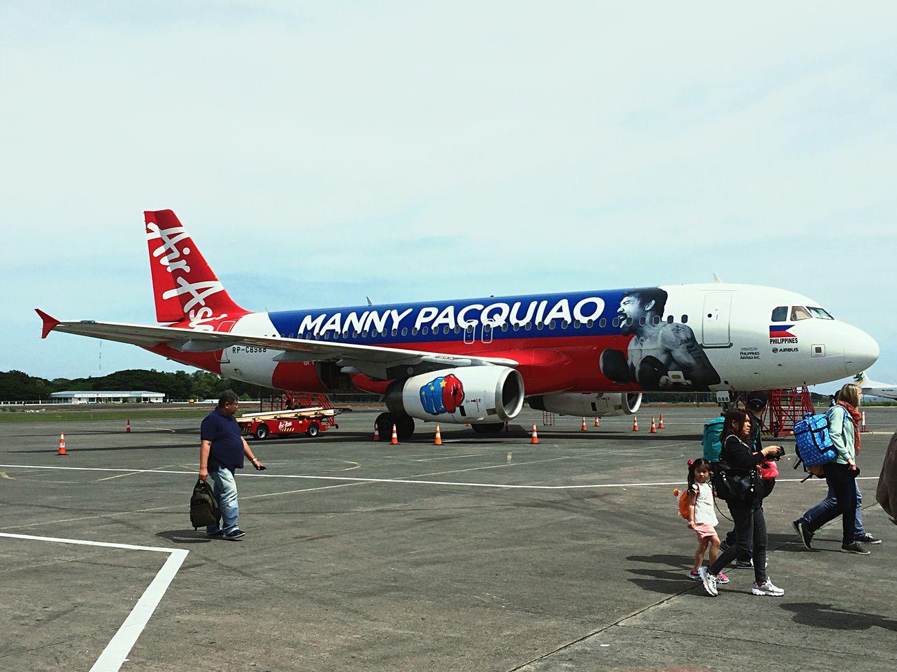isola dì Palawan aeroporto di Palawan Air Asia e ad attenderci : Mannypacquiao 😎😎😎