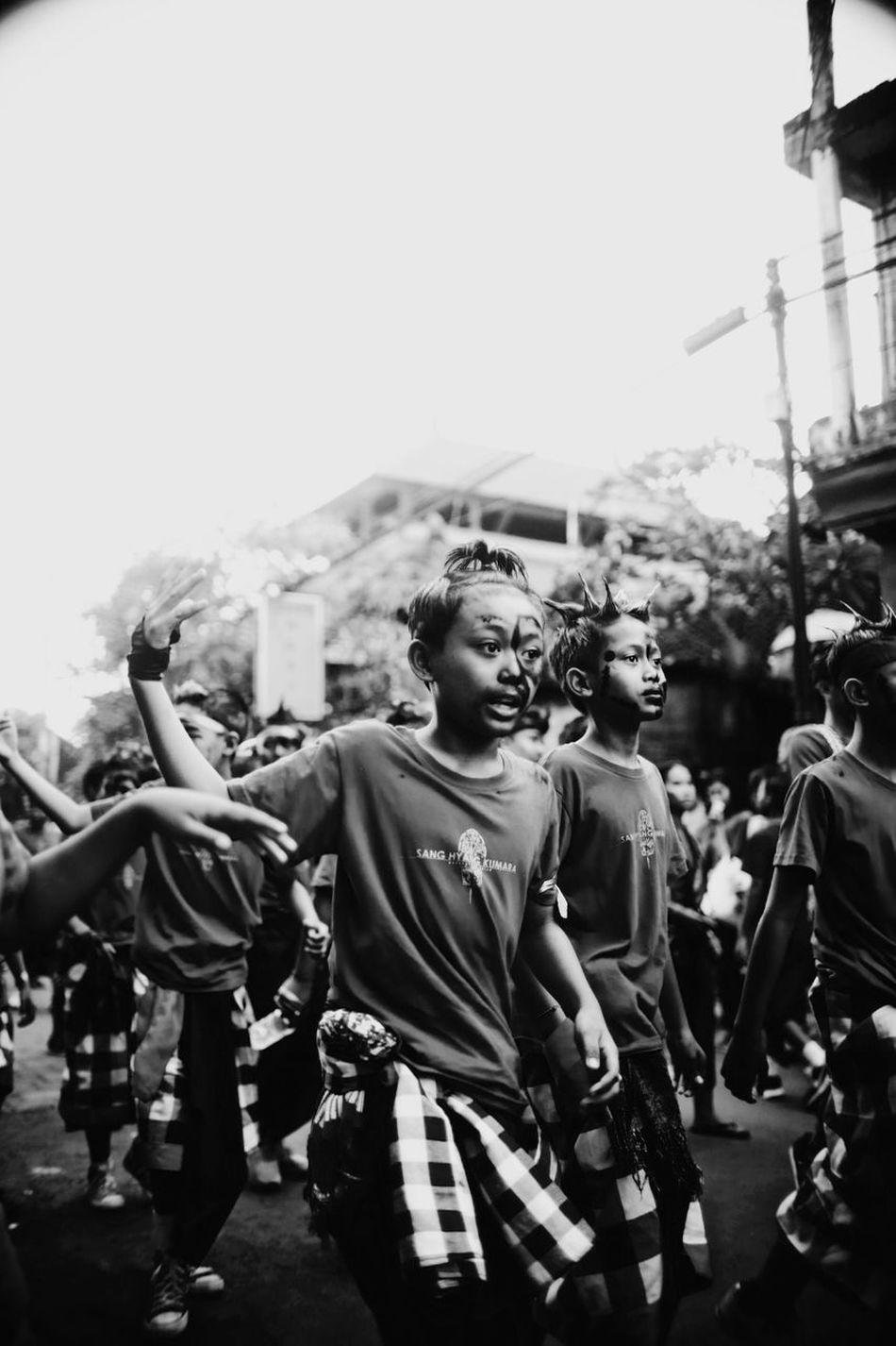 Kids Kids Outdoors Togetherness Ubud Bali Ogoh-ogoh