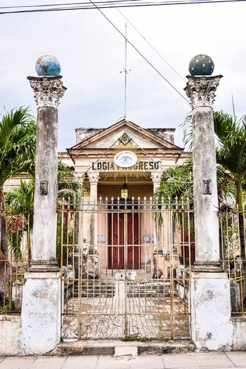Built Structure Architecture Outdoors Day Building Exterior No People Sky Santa Clara Cuba Cuba Freemason