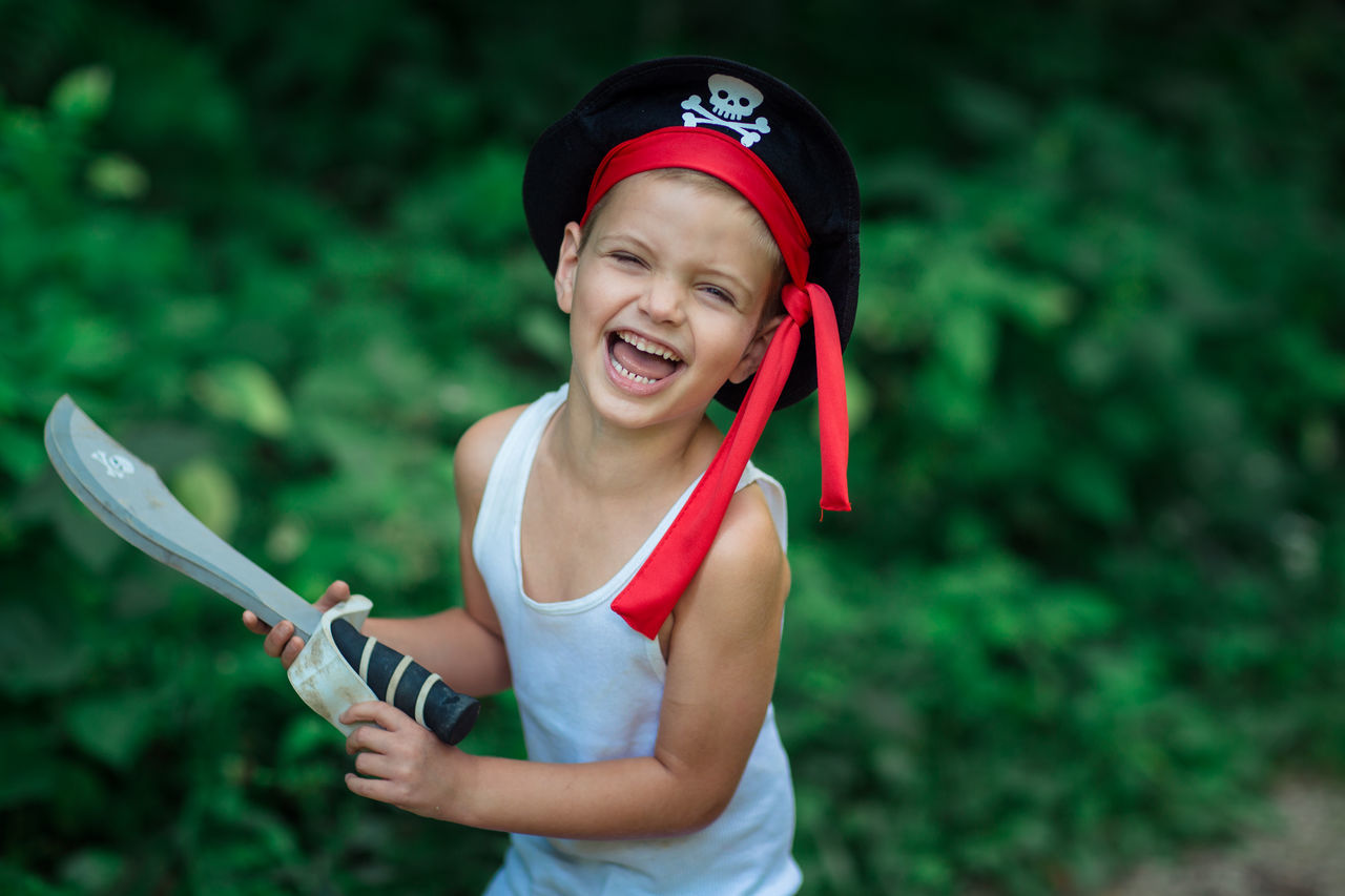 Beautiful stock photos of pirate,  4-5 Years,  Activity,  Blue Eyes,  Boys