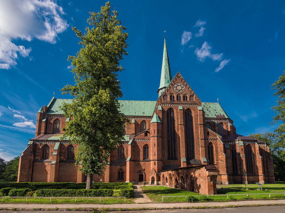 Cathedral in Bad Doberan, Germany. Architecture Bad Doberan Building Exterior Built Structure Cathedral Day History Landmark Minster No People Outdoors Place Of Worship Religion Sky Statue Travel Destinations Tree