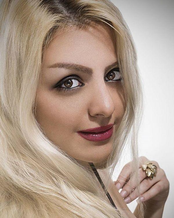 Kimia © copyright: Madjid Mirsalimi - 2015 Kasraphotography Portrait Highendbeautyretouch Burningandodging Frequencyseparation Fashion Style Lighting Beauty Beautydish Softbox Profoto Nikon D5300