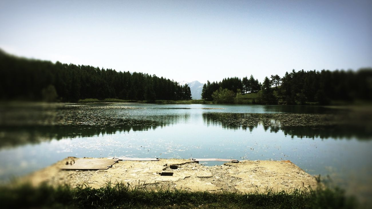 Peace And Quiet Lake Water Reflections EyeEm Nature Lover Light And Shadow Vanishing Point