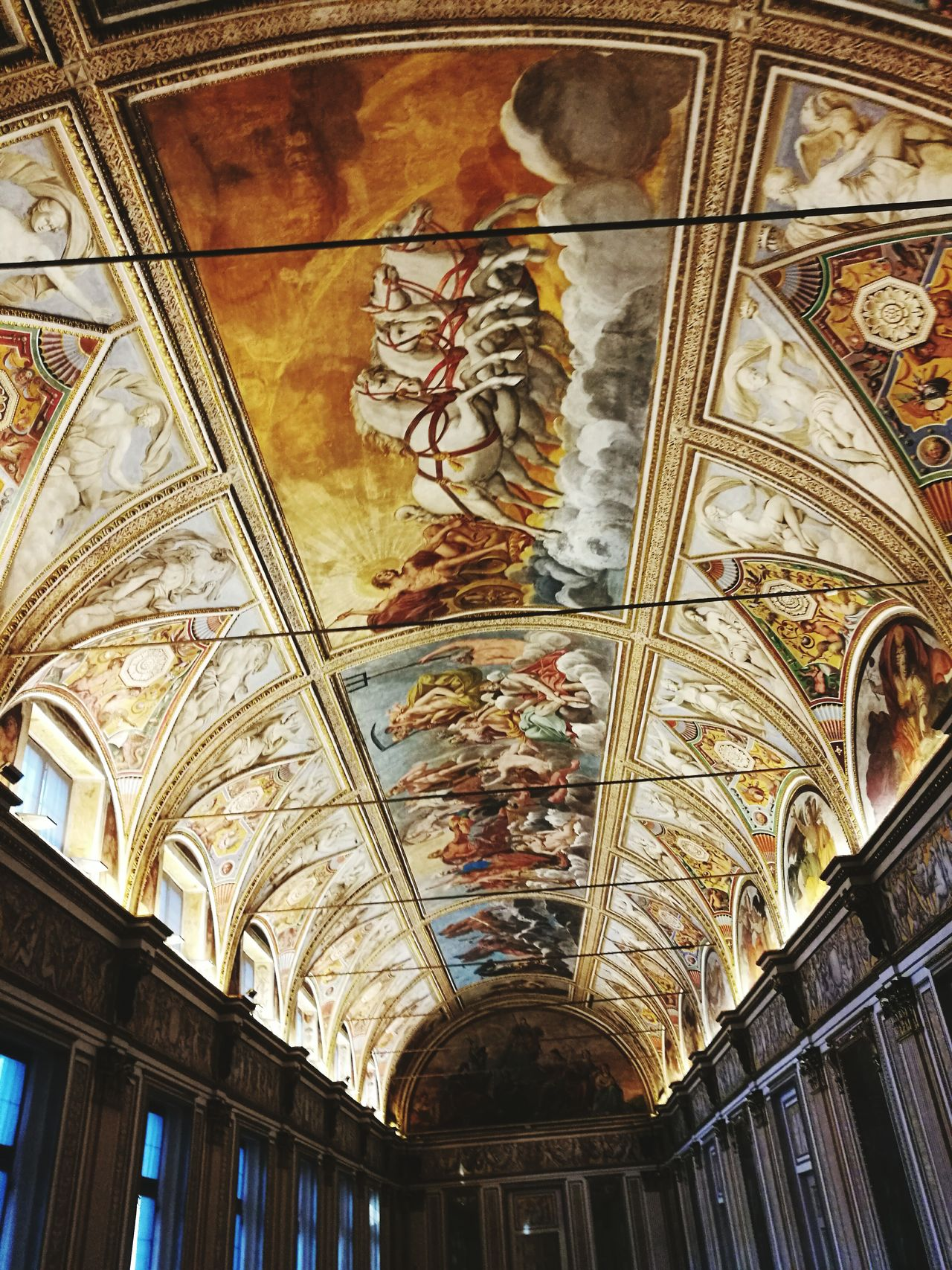Arte Artist Gallery City Travel Mantova Mantova Creativa Museo Museum Ceiling Travel Destinations Tourism Indoors  Low Angle View Architecture History Religion Fresco Built Structure No People Place Of Worship Day Architecture And Art Art Museum