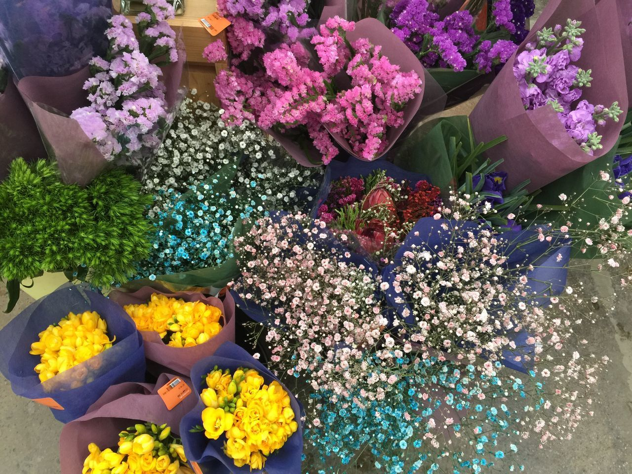 Flower Fragility Variation Freshness Beauty In Nature Petal Multi Colored Day High Angle View Nature Abundance Choice Retail  Outdoors Flower Head Arrangement Flower Market Bouquet Flower Shop No People