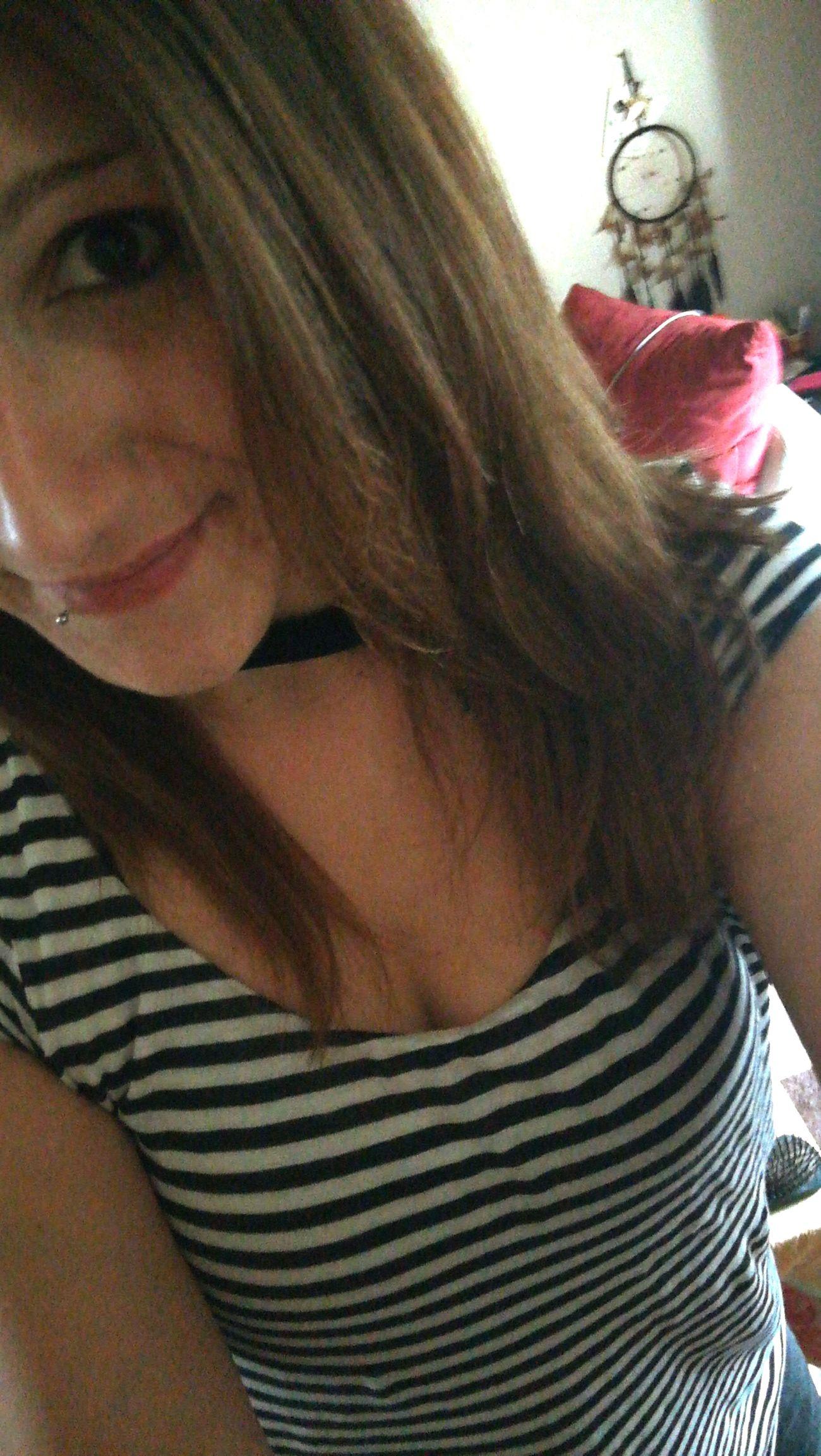 Women One Woman Only Long Hair Keep Smiling Hasiihase Selfie ♥ Mylife♡ Love♥ Brown Eyes Brown Hair MeMyself&I Selfie✌ Smiling Weekend ♥ Brunette Girl  Only Women Young Women Looking At Camera
