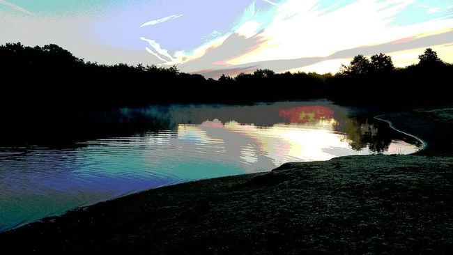 By Leesa Morris Photosofrm15 Belhus Woods Country Park South Ockendon Sunset #sun #clouds #skylovers #sky #nature #beautifulinnature #naturalbeauty #photography #landscape