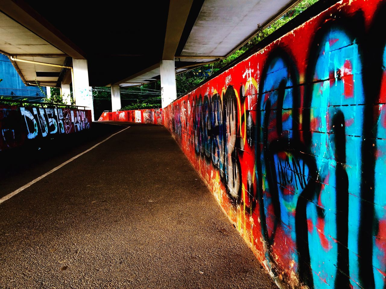 Streetside... Iosphoto Iosphotography Simpleshot Overpass View Graffiti Streetphotography
