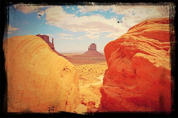 Monument Valley at my USA by Alberto Soloperto