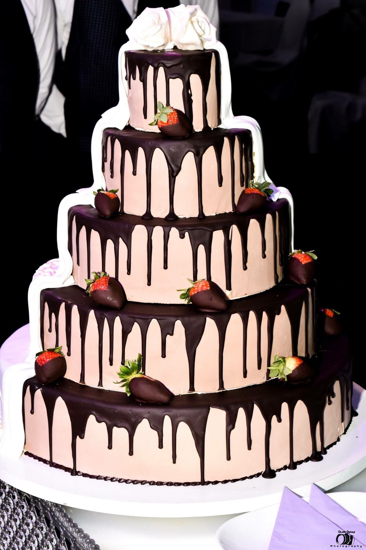 Wedding cake 😊❤️ delicious darkness and colourful Sweet Food Indulgence Dessert Food And Drink Food Unhealthy Eating Temptation Freshness Cake Serving Size Ready-to-eat Celebration Gourmet Indoors  Life Events Garnish Birthday Cake No People (null)Wedding Wedding Cake