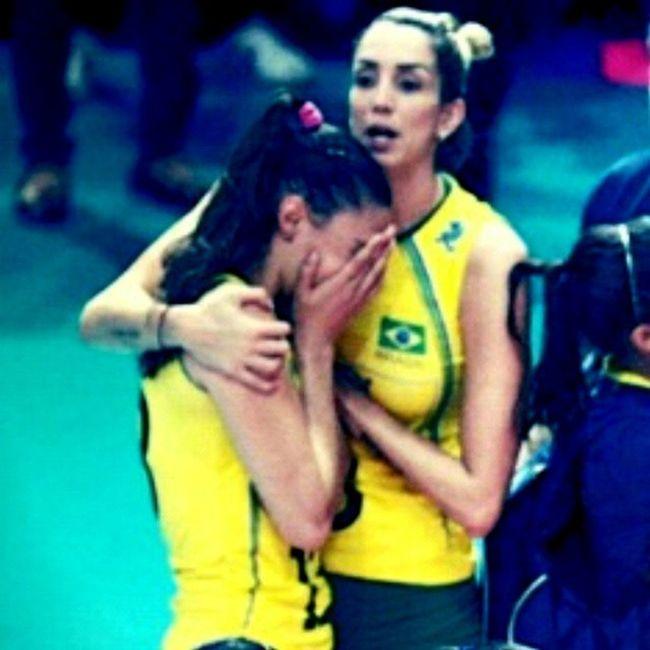 Eu chorei com você! * Sheilla * n° 13 * FIVBWomensWCH Fivb TeamBrazil CBVCampeonatoMundialFeminino Cbv Timebrasil TorcidaBrasil TorcidaSheilla