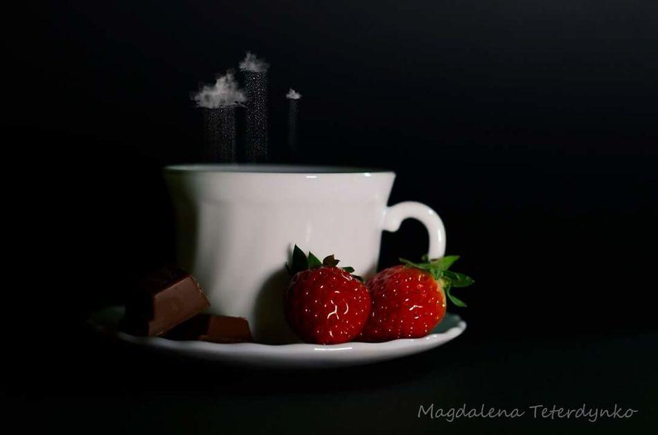 Cup Schocolate Milk Strawberry Filiżanka Kubek Czekolada  Truskawki Truskawka