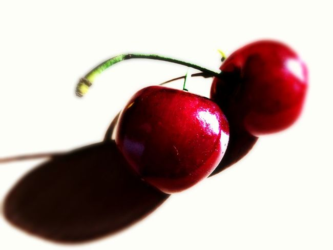 Nature's Diversities Frutta Fruit Ciliegia Cherry Cherrys Cherryseason Redfruits May May 2016 Two Strange Form Double Food Food Photography Couple Lovely Good Delicious 00 Mission OO Mission The OO Mission