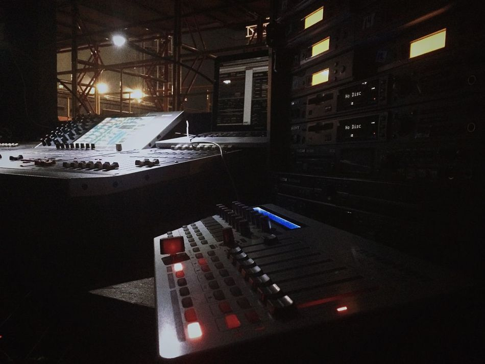 Theater Mywork Working Faders Mixconsole Mixing Console Sound Soundengineer Midi Novation