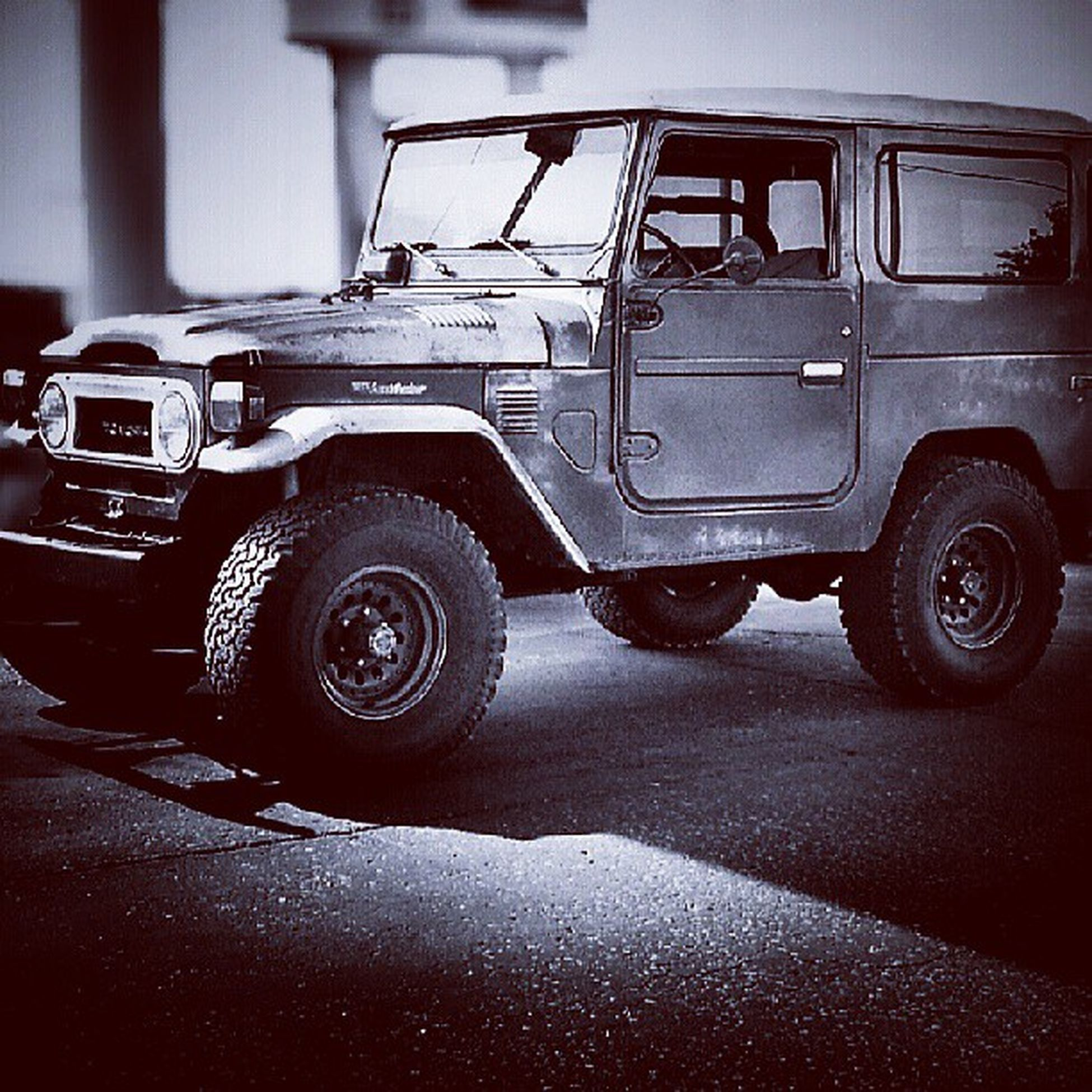 This is one beastly jeep! Jeep Cars Trucks Liftkit newMexico awesome super cool