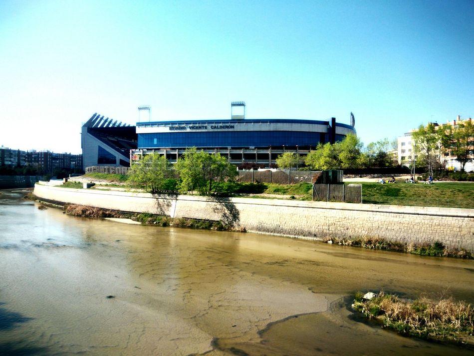 Vicente Calderón Stadium / Estadio Vicente Calderón. Club Atlético de Madrid, Spsin. Stadium Football Atlético De Madrid Spain🇪🇸 Vicente Calderon Madrid Manzanares River
