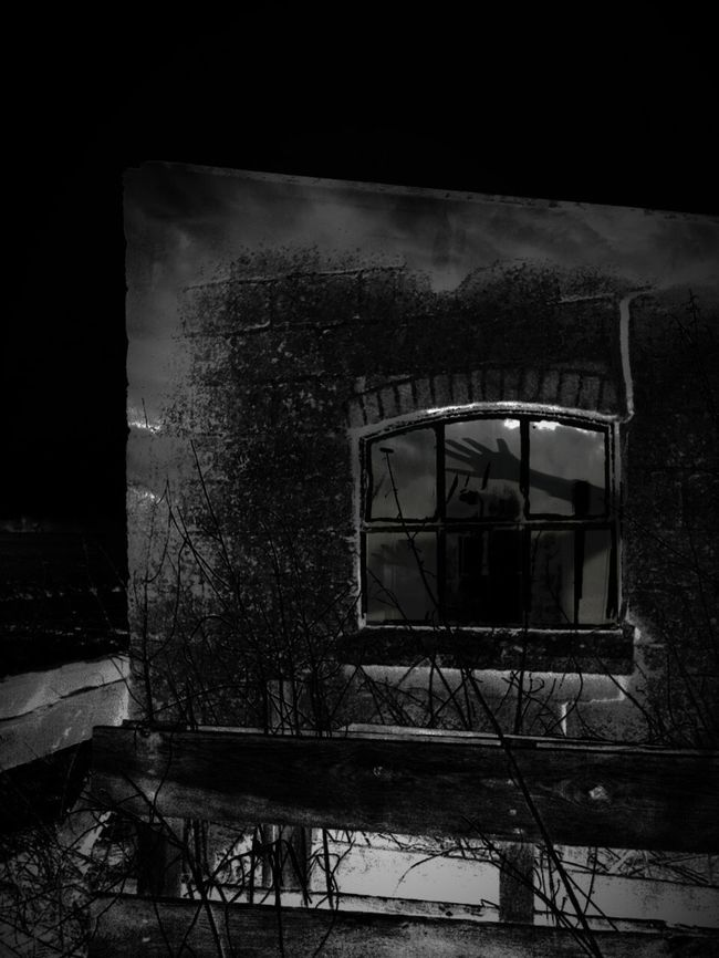 What S He Building In There? https://youtu.be/WAP_JBRBECk N Nosferatu How Do We Build The World? How Do I Build The World! Showcase March Bnw_friday_eyeemchallenge Dark Silhouette