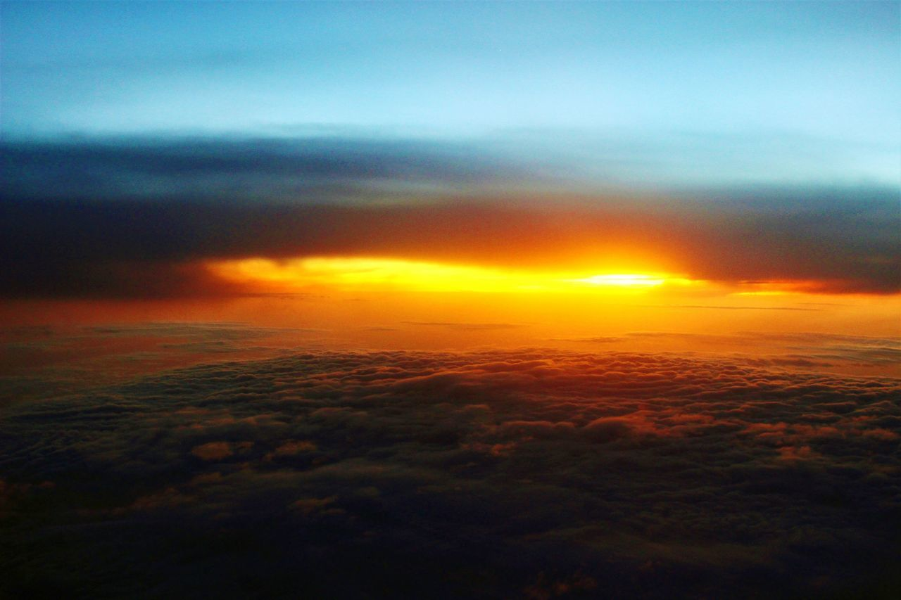 Sunset Dramatic Sky Nature Outdoors Cloud - Sky Scenics Landscape Tranquility No People Sky Travel Beauty In Nature Clouds Everywhere Ethereal Travel Destinations Silhouette Gold Colored Space Horizon Night Over The Clouds Airplane Window View Sea Of ​​clouds Over The Clouds Travel Dreaming