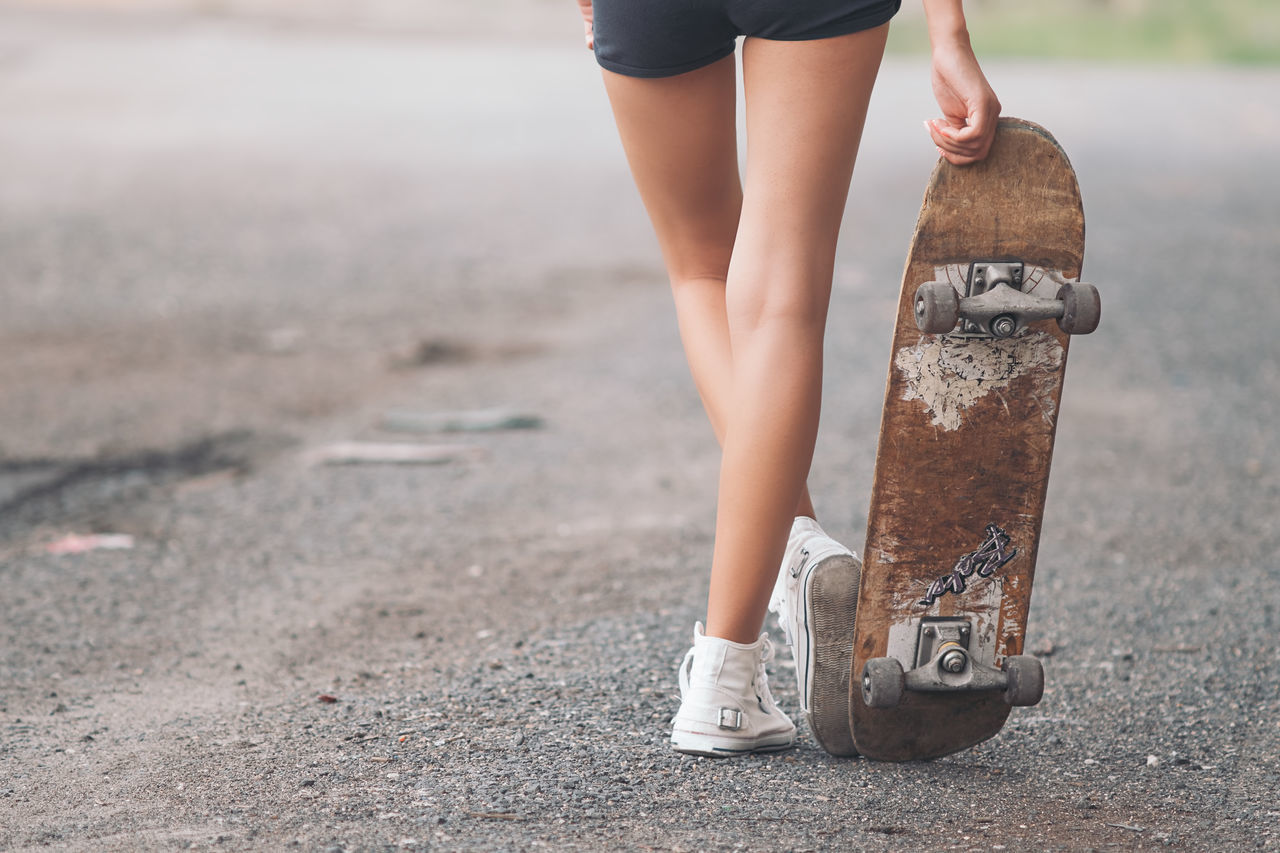 Pretty skateboarder woman Boarder Caucasian Hipster Lifestyle Outdoors People Portrait Pretty Skate Skateboard Skateboarder Skateboarding Skatelife Skater Skatergirl Stunning Style Swag Trendy Urban Lifestyle Woman Young Women