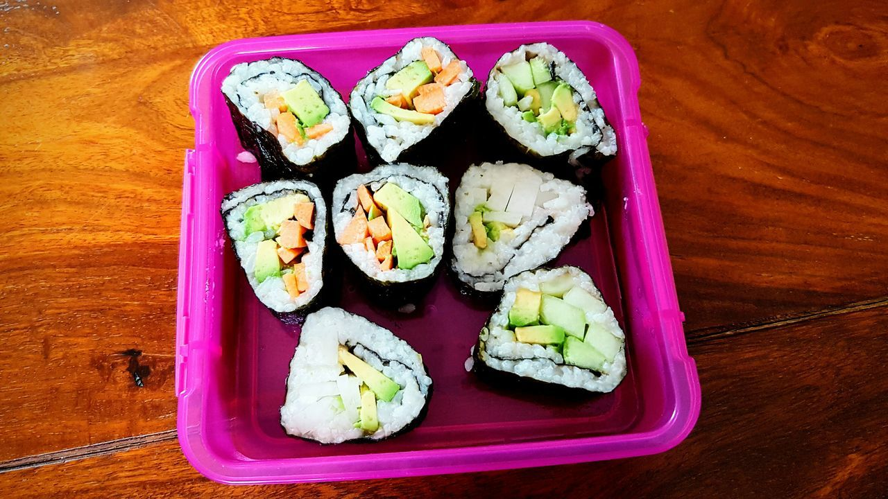Food Freshness Ready-to-eat Food And Drink Sushi Healthy Eating Homemade Homemade Sushi Vegan Vegan Food Vegan Sushi Lunch Lunch Box Avocado